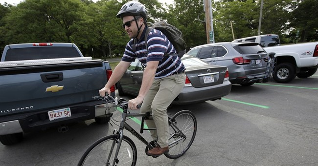 Program lets Boston commuters drive some, cycle the rest