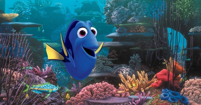"""Theater shows R-rated comedy trailer with """"Finding Dory"""""""