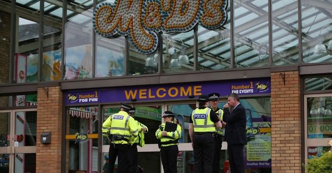 Roller coaster derails at Scottish theme park, 10 injured