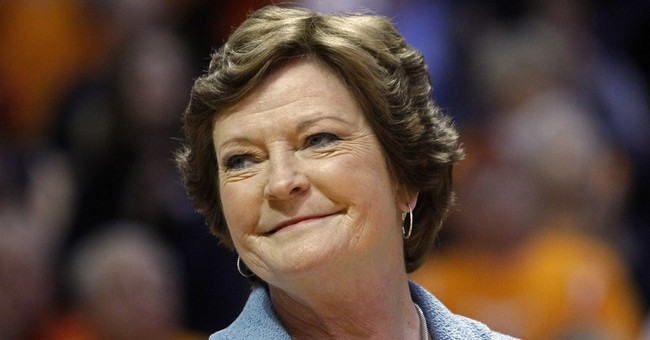 Past few days 'difficult' for former Tennessee coach Summitt