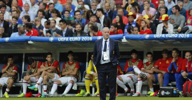 Spain coach Del Bosque insists dominating era is not over