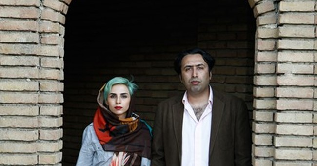 2 Iranian poets, facing lashings and prison, escape country