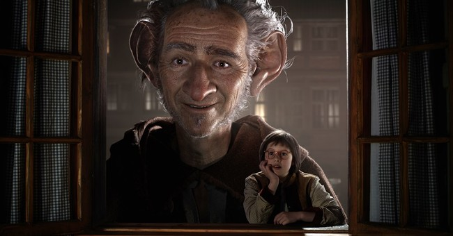 Review: Spielberg weaves magic out of Dahl's 'The BFG'