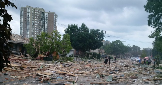 Home explosion kills 1 in Toronto-area town