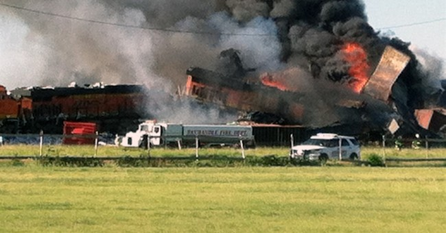 3 missing, 1 injured in head-on train collision in Texas