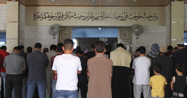Jordan widens IS crackdown; signs of home-grown extremism