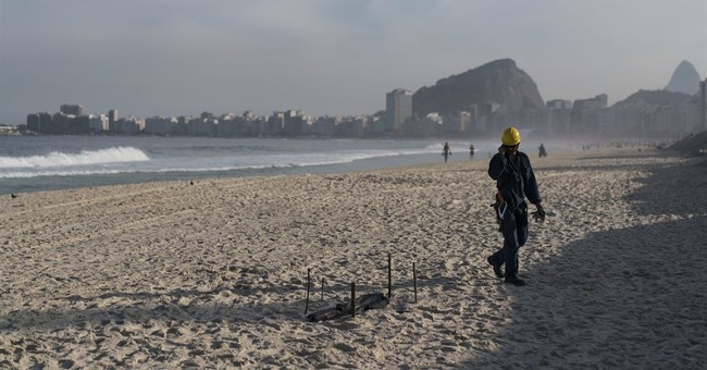 Clashes rage in Rio as police try to capture drug trafficker