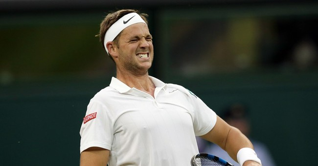 The Latest: Wimbledon offers refunds because of all the rain