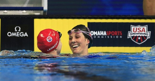 Missy Franklin rallies with gutsy swim at US trials