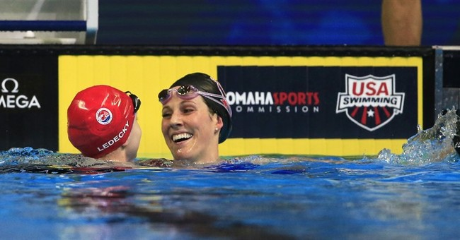 Missy Franklin rallies with gutsy swim at US trials