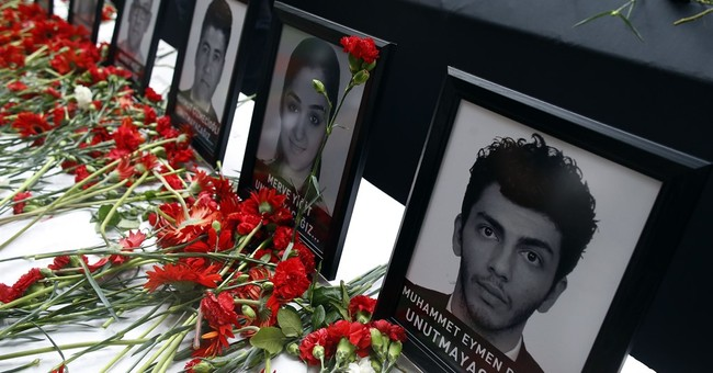 Istanbul airport attack victims mourned, honored, praised