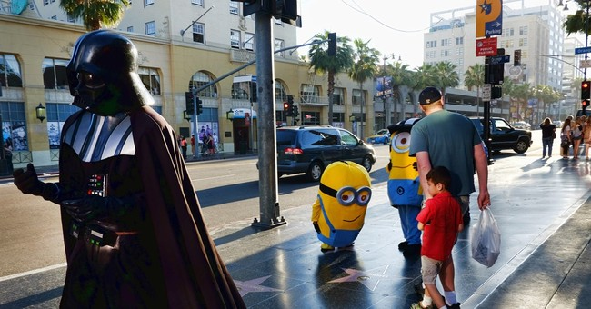 Los Angeles moves to limit Hollywood Boulevard characters
