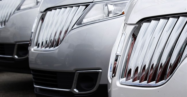 US auto sales hit record in first 6 months