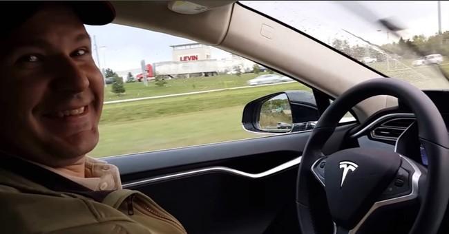 Death sparks 'Autopilot' car probe; man had speeding tickets