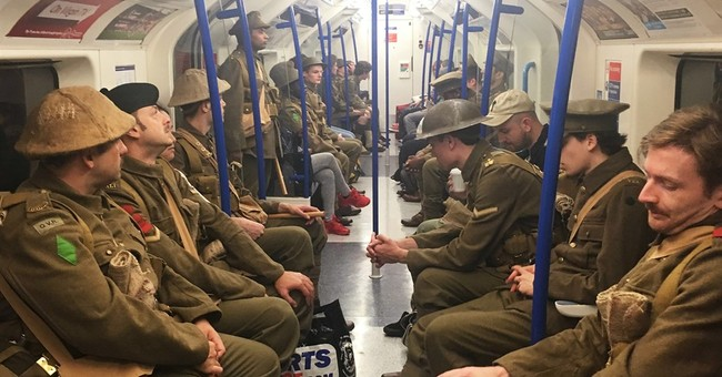 WWI soldiers mingle with commuters in artist's Somme tribute
