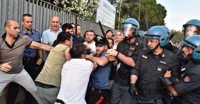 Clashes amid Italy's crackdown on its Chinese community