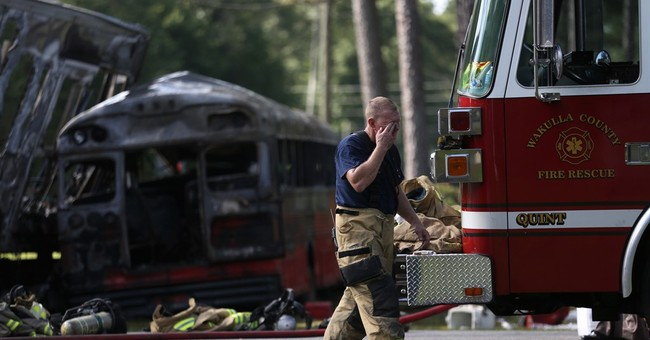 Florida authorities say 5 dead, 25 injured in Florida crash