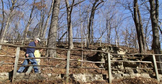 Theft of ancient bones a 'debacle' for National Park Service
