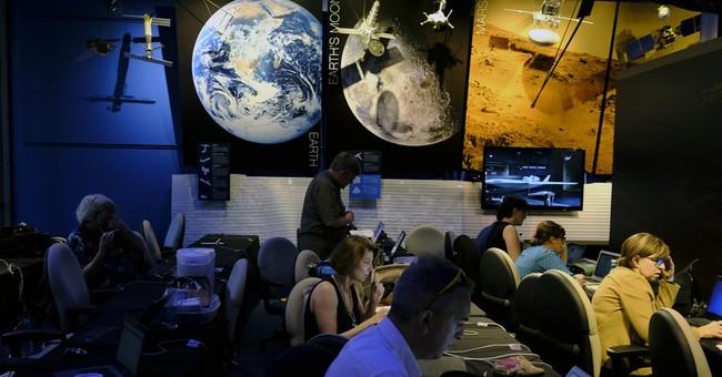 Jupiter has new visitor _ a solar-powered spacecraft