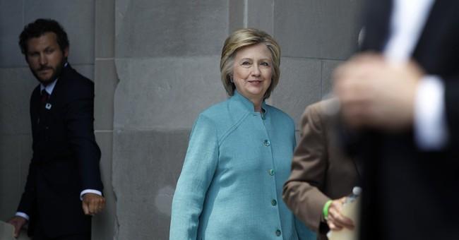 AP Source: Clinton, Sanders discussing endorsement event