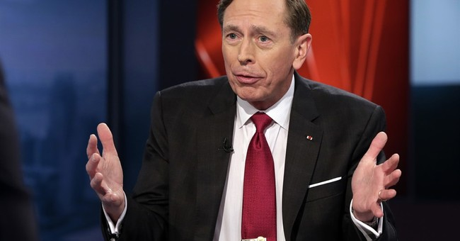 Similarities lacking in Clinton, Petraeus investigations
