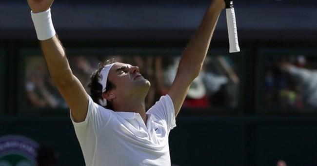 Federer erases 2-set hole, 3 match points at Wimbledon