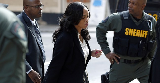 Defense rests officer's trial in black man's death