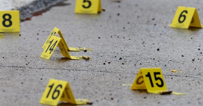 Police: Man shoots at motorists, 1 killed, 4 injured