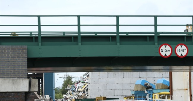 5 killed in industrial accident at UK metal recycling site