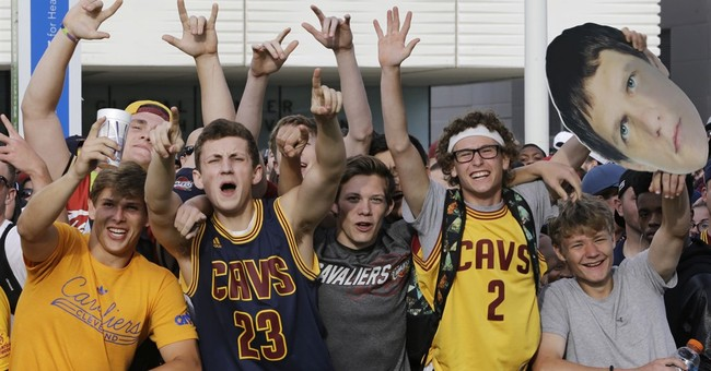 Cavaliers gear NBA's top seller; Curry's jersey most popular