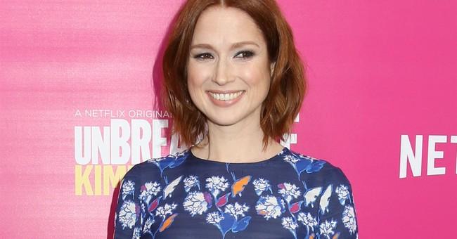 'Unbreakable Kimmy Schmidt' star Ellie Kemper to pen book