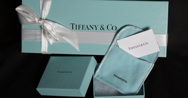 Tiffany's holiday sales fall, weak conditions remain
