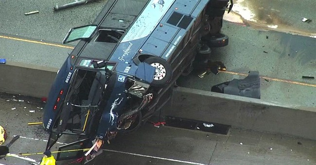 Officials: Bus driver said he was tired before deadly crash