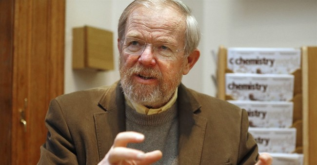 Bill Bryson tours Britain in 'The Road To Little Dribbling'