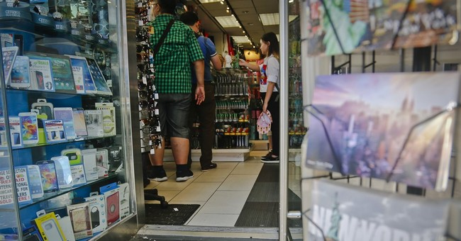 NYC cracks down on 'air conditioning the sidewalk'