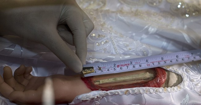 Digital X-rays give look inside holy reliquaries in Mexico
