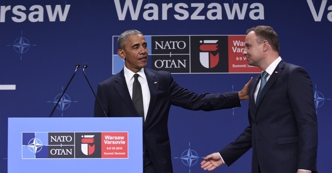Obama rebukes Poland over paralysis of constitutional court