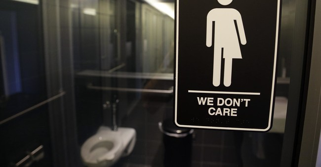 10 states sue over restrooms transgender students can use