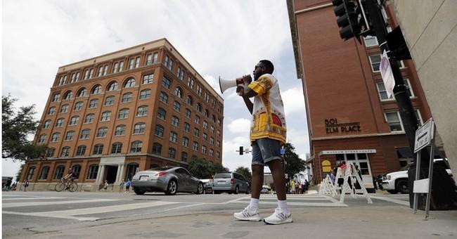 Dallas gunman learned tactics at Texas self-defense school