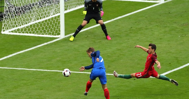 Portugal stuns France to lift 1st cup despite Ronaldo injury