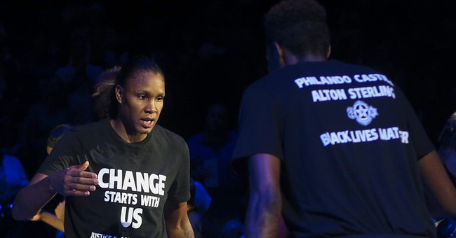 Lynx players not wearing 'Black Lives' shirts in Texas
