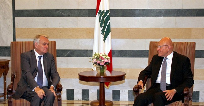 French FM: Paris will help Lebanon end political stalemate