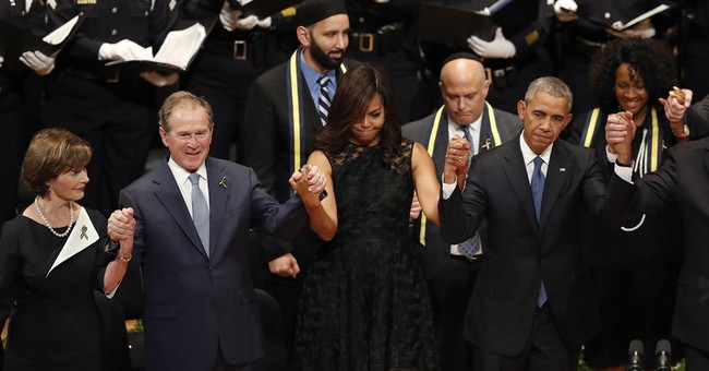Bush's awkward swaying in Dallas draws social media reaction