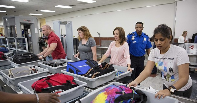 Congress passes aviation bill to close airport security gaps