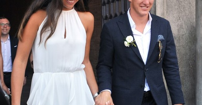 Germany's Schweinsteiger weds Serbian tennis ace Ivanovic