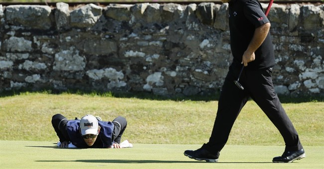 On cusp of history, Phil Mickelson shoots 63 at British Open