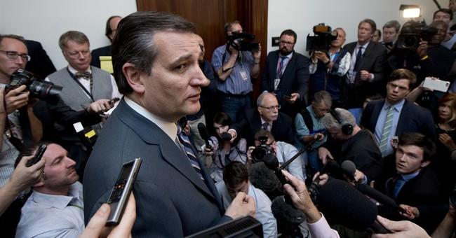 Quiet Cruz weighs role in Trump convention revolt