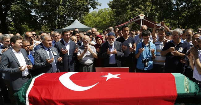 The Latest: Germany says military flights resume from Turkey