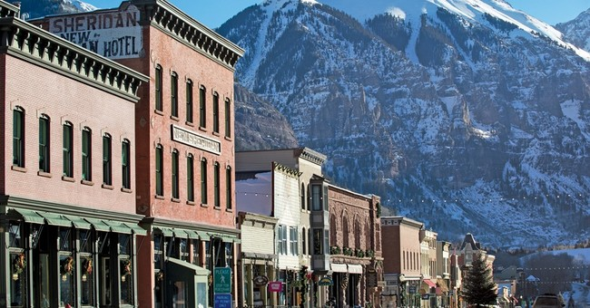 Colorado skiing: Tall peaks, small-town feel of Telluride
