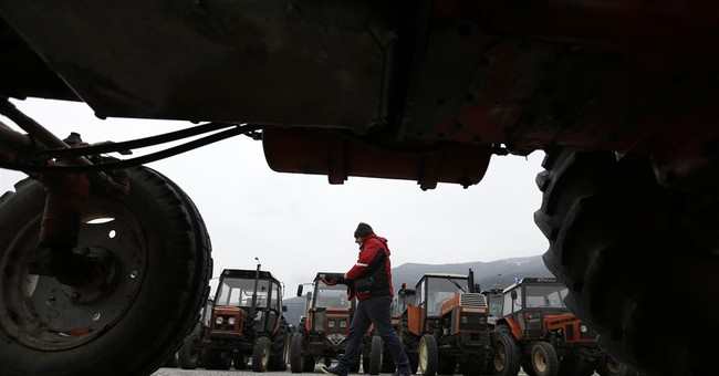 Greek seamen, farmers, protest planned pension reforms